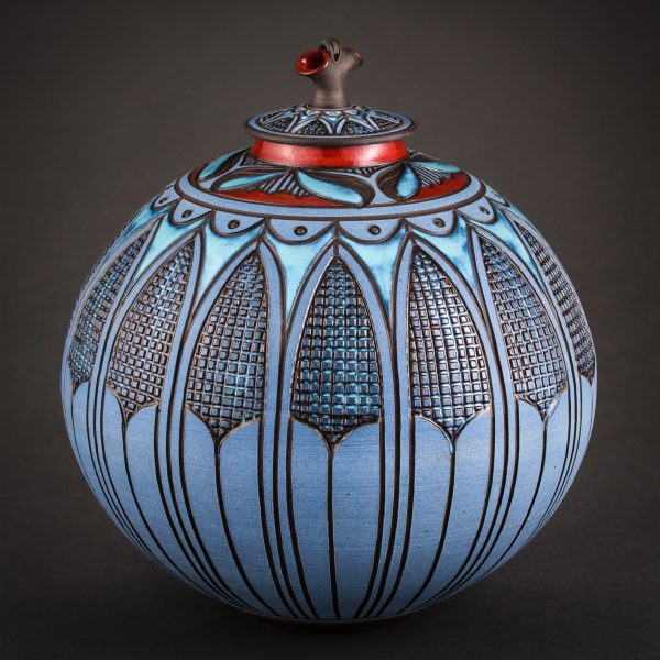 Round Covered Vessel